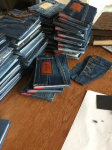 Bevar, notebook, pulz jeans, genbrug, denim cover, denimporn, bæredygtighed,